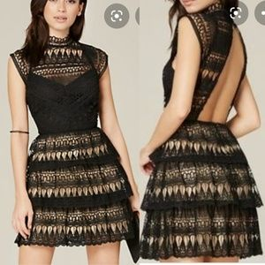 Bebe - Leigh Lace Backless Dress